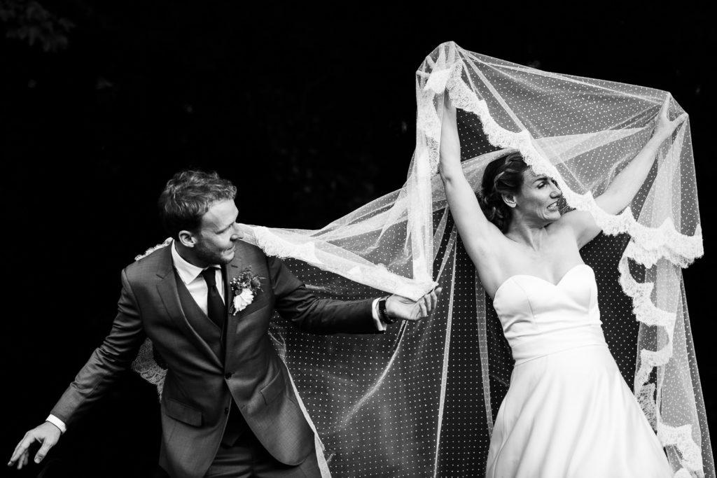 photos de couple - photographe mariage paris soirée